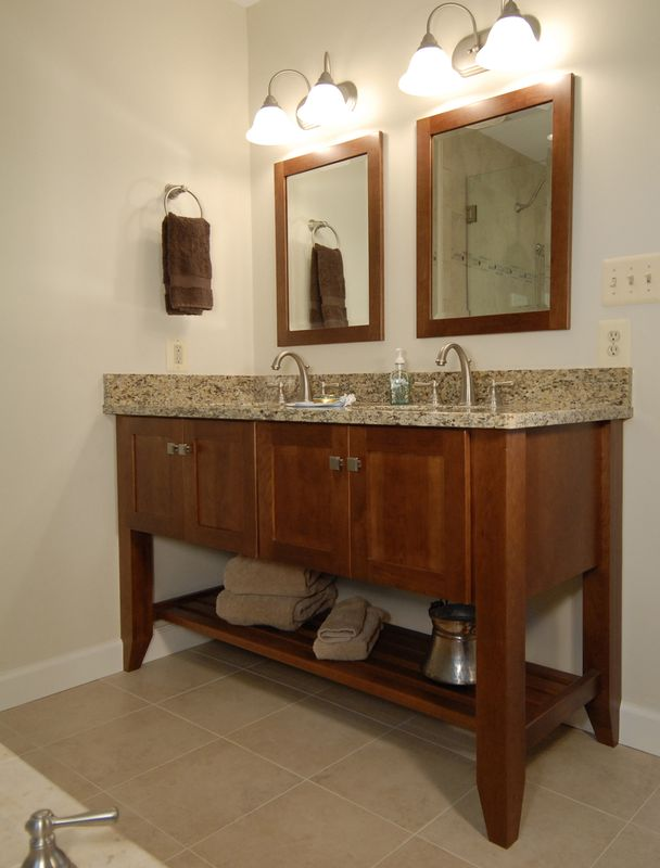 ThomasCustomBuildingCustomBathroomRemodel-176