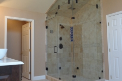 ThomasCustomBuildingCustomBathroomRemodel-Shower