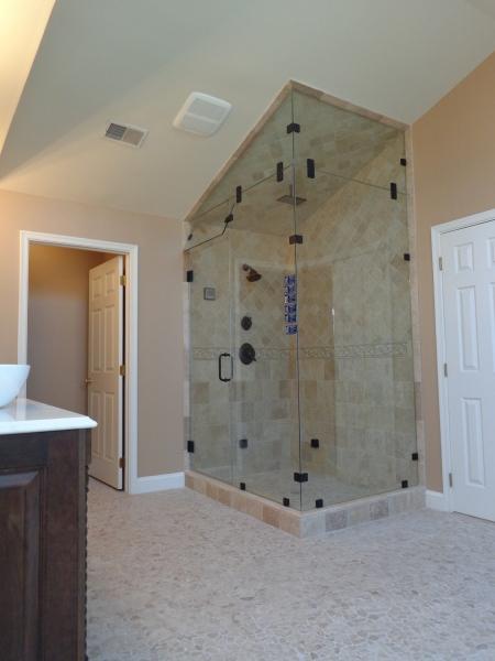 ThomasCustomBuildingCustomBathroomRemodel-Shower
