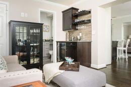 white-sitting-room