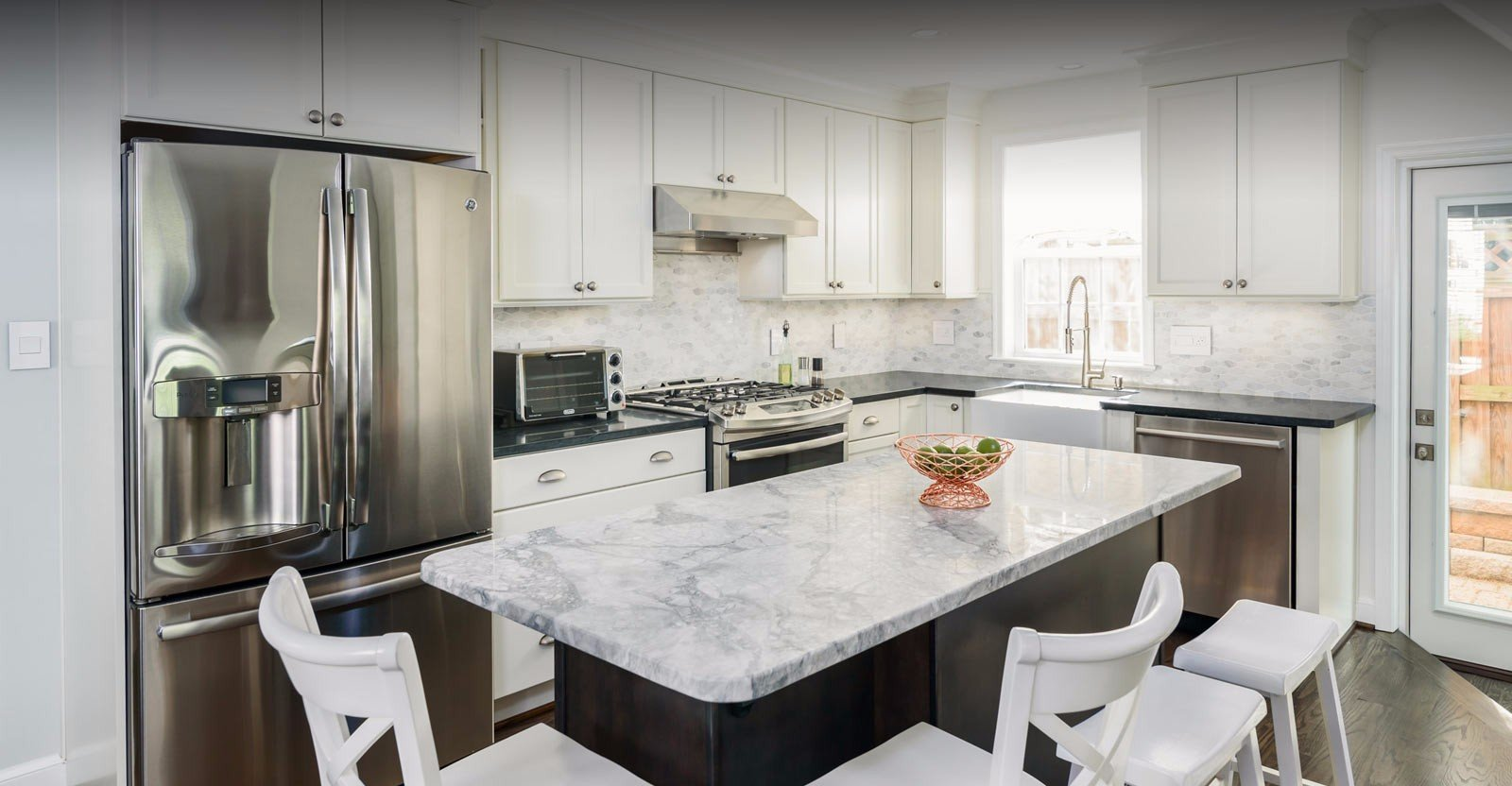a stunning modern white kitchen in northern Virginia