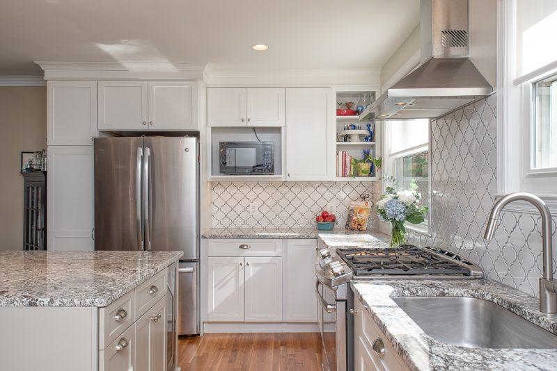 beautiful new white kitchen